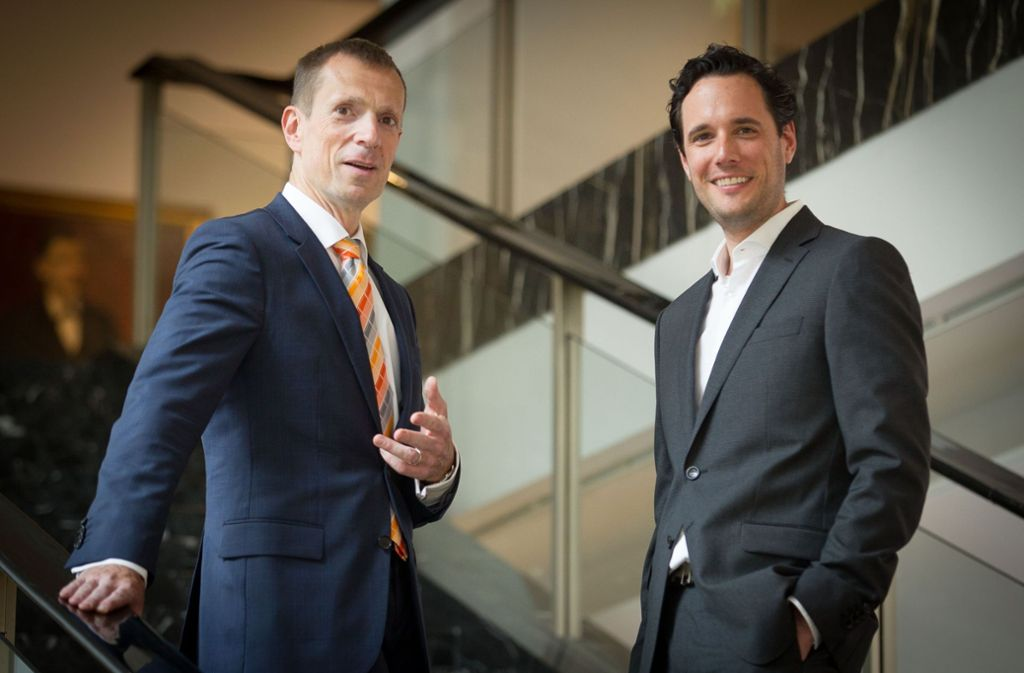 CDU-Fraktionschef Alexander Kotz (links) hat es eingefädelt: Fabian Mayer (rechts) soll nun Erster Bürgermeister im Stuttgarter Rathaus sein. Foto: Lichtgut/Leif Piechowski