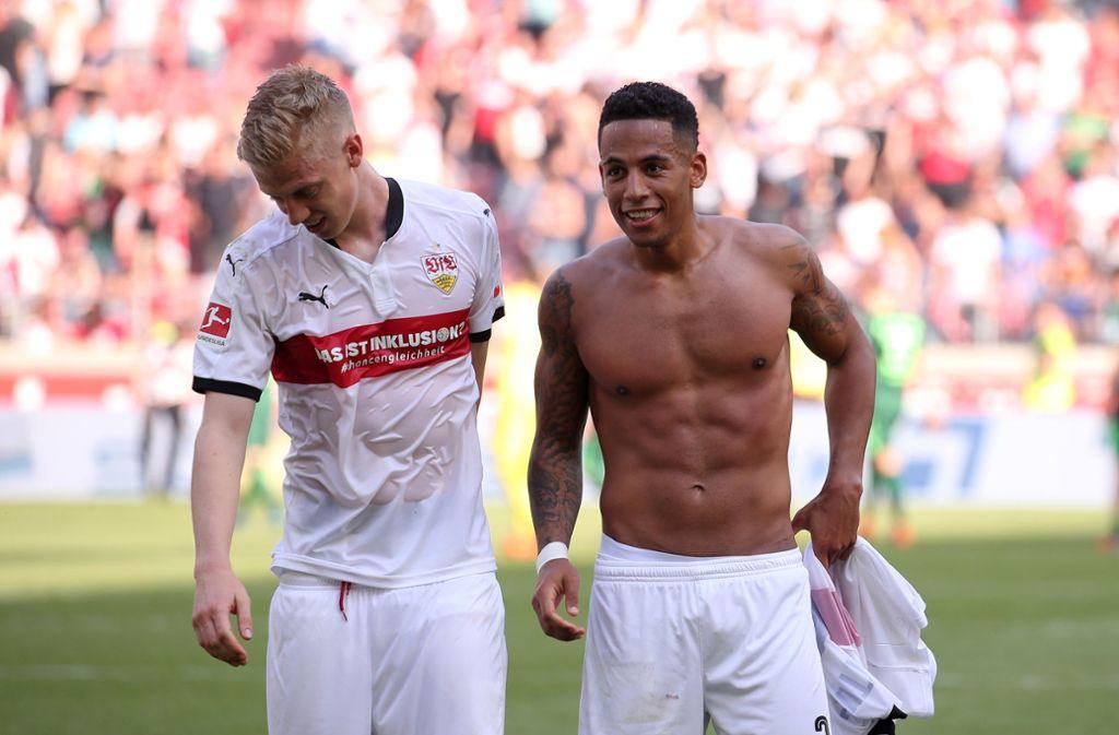 """""""Was ist Inklusion?"""", lautete die Werbe-Botschaft auf den VfB-Trikots im Bremen-Spiel. Foto: Baumann"""