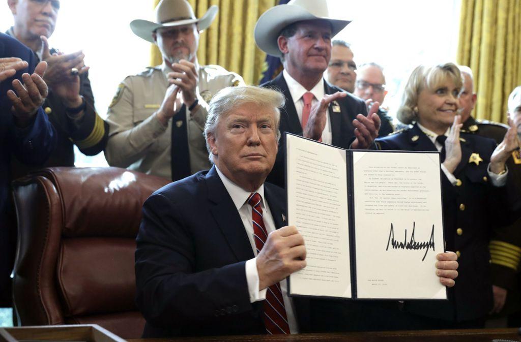 Das erste Veto seiner Amtszeit. Foto: AP