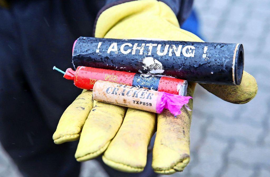 Die Polizei geht davon aus, dass illegale Böller die Ursache für den nächtlichen Knall sind. Foto: dpa