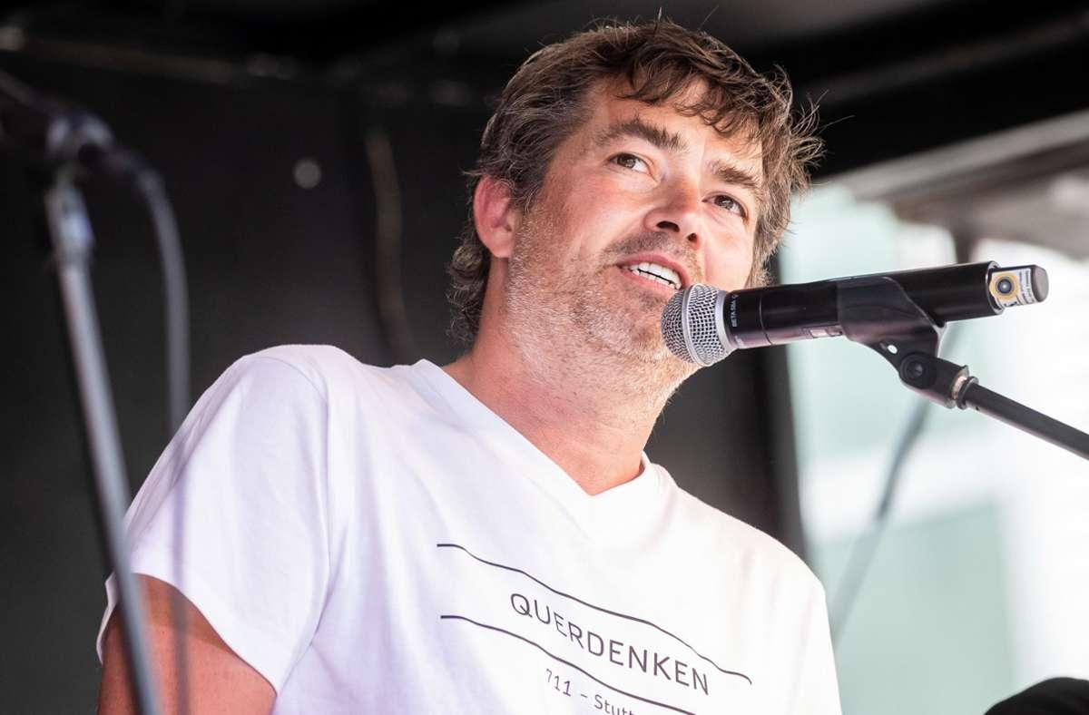 Michael Ballweg will mit den Querdenker-Demos wieder zurück in die Heimat. Foto: dpa/Christoph Schmidt