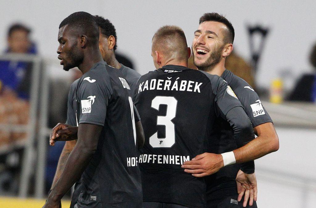 Die Hoffenheimer sind im DFB-Pokal eine Runde weiter. Foto: dpa/Roland Weihrauch