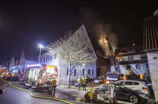250.000 Euro Schaden nach Dachstuhlbrand
