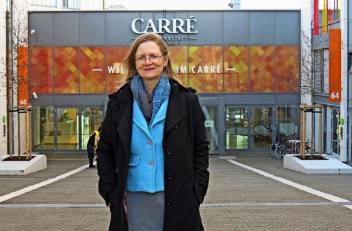 Angelika Grupp hat ihr Büro im Carré Bad Cannstatt. Foto: Julia Bayer