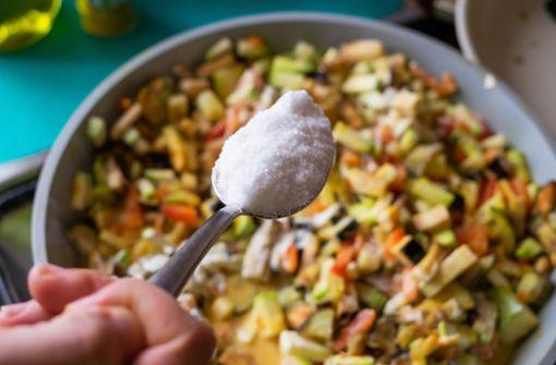 Kann man versalzenes Essen retten?