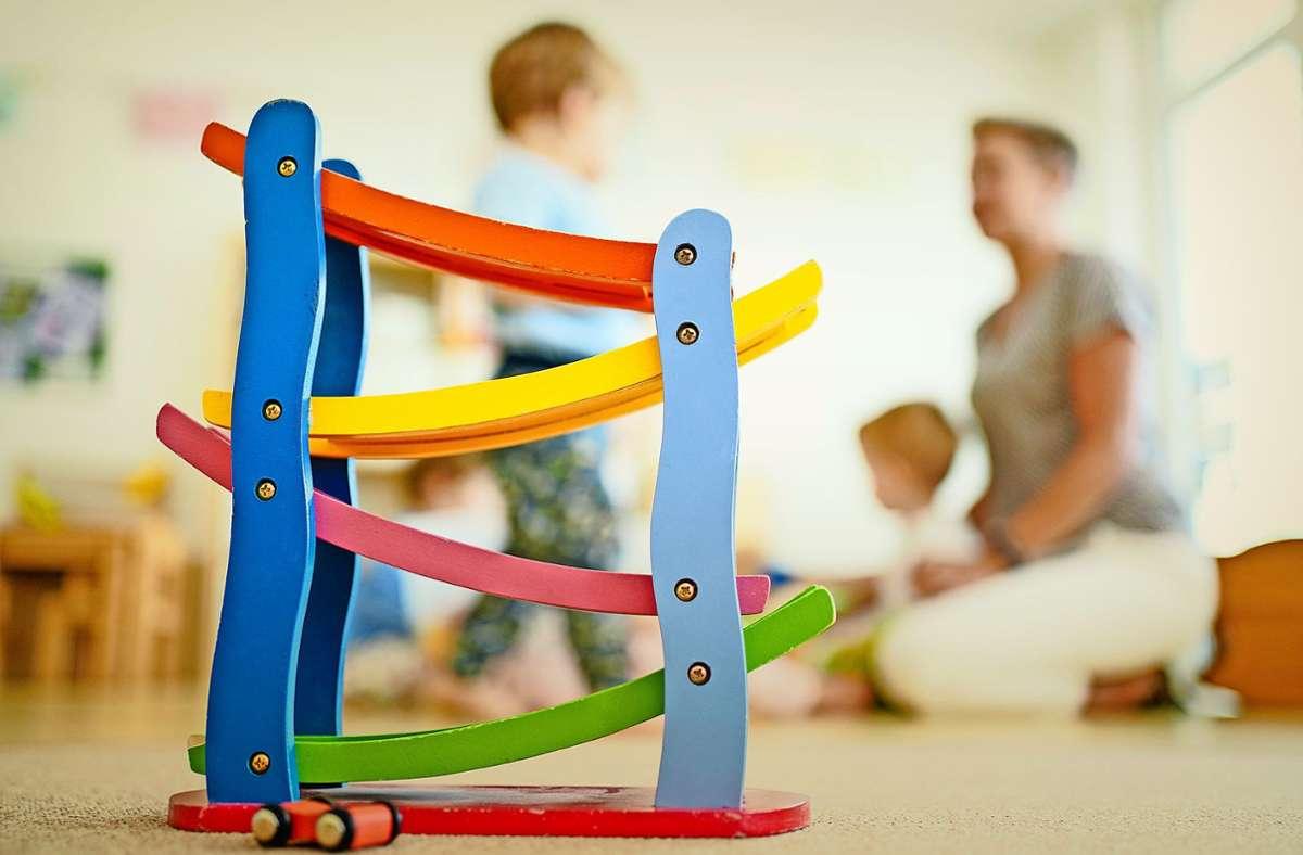 Spielen in der Kita – nicht immer ist die nötige Aufsicht garantiert. Foto: dpa/Uwe Anspach