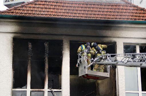 Mann stirbt bei Feuer in Fitnessstudio