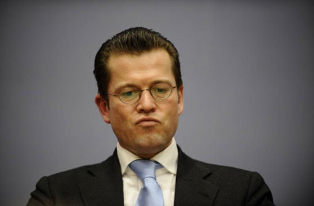 Exminister Karl-Theodor zu Guttenberg wollte sich an der Aufklärung der Plagiatsaffäre beteiligen. Foto: dapd