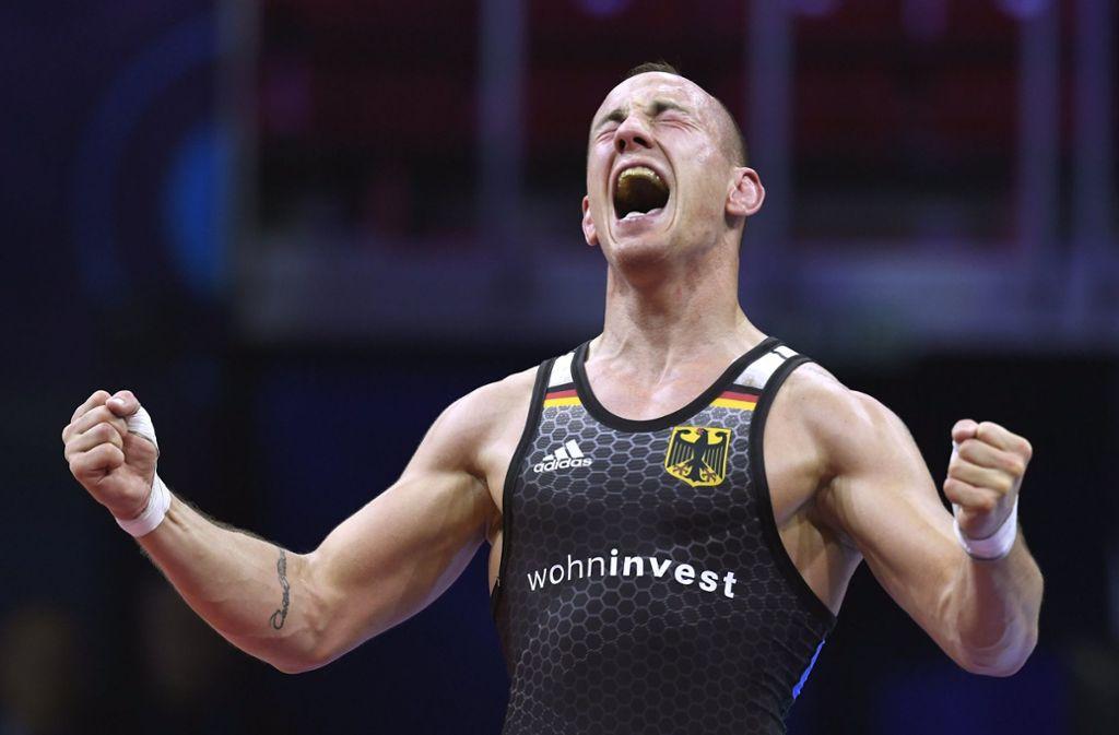 Deutschlands bester Ringer Frank Stäbler ist zum dritten Mal nacheinander Weltmeister. Foto: MTI/AP