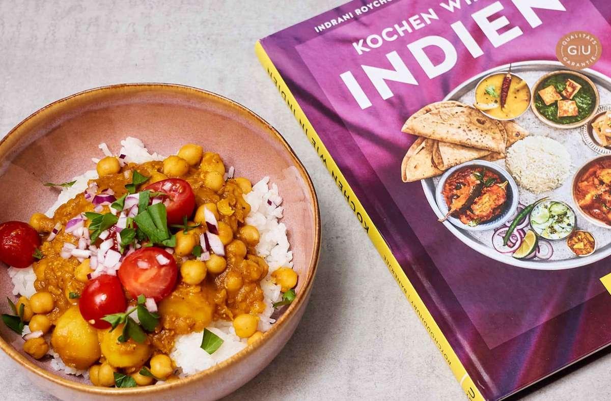 Dieses Curry aus Kichererbsen ist für Vegetarier und Veganer geeignet, schmeckt so lecker und frisch, dass man es gerne in so einer großen Menge zubereitet, dass es auch im Tiefkühler vorrätig ist. Falls die Lust zum Kochen wieder verfliegt. Wie es funktioniert, sehen Sie in unserer Bildergalerie. Foto: nja