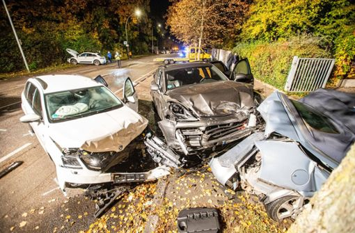 70.000 Euro Schaden bei Crash mit fünf Autos