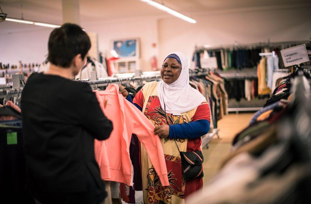 Für wenig Geld gibt es im Megastore Kleidung und gute Beratung. Foto: Lichtgut/Max Kovalenko