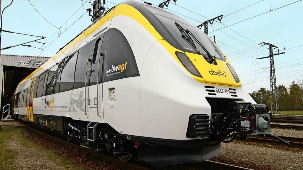 Bahnbetreiber muss mit alten Zügen starten