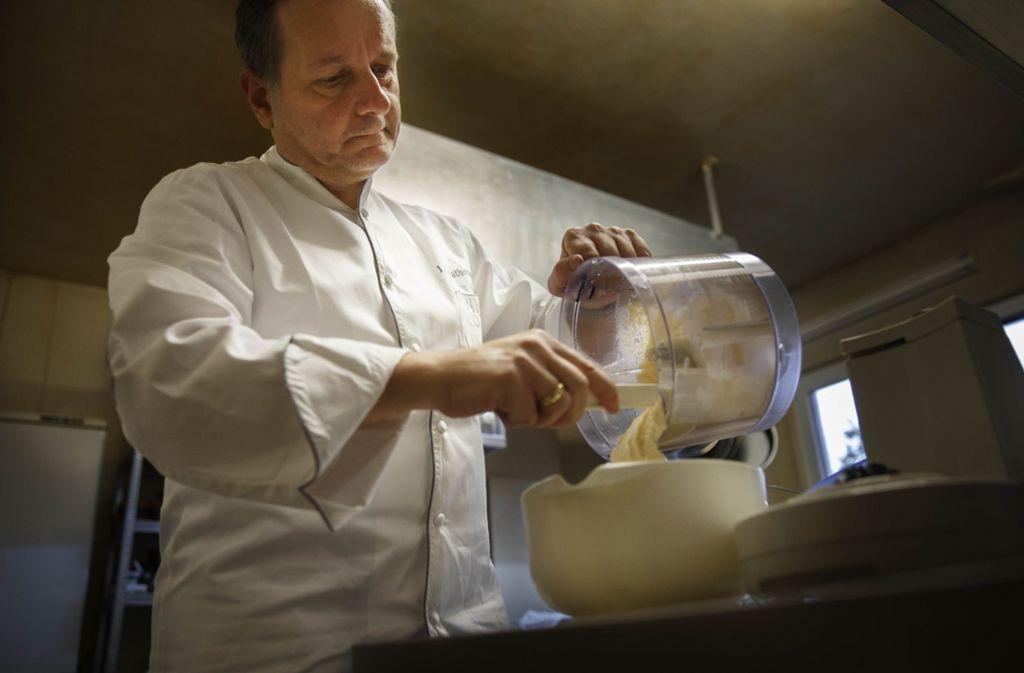Joannis Malathounis ist für seine exquisite griechische Küche bekannt. Foto: Gottfried Stoppel