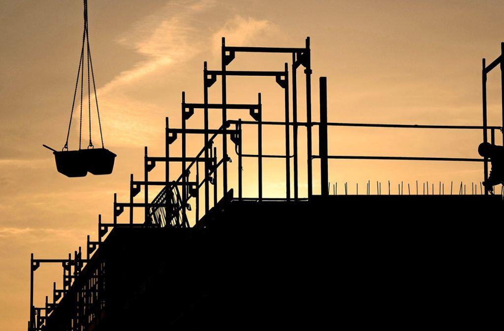 In Filderstadt ist Bautätigkeit angesagt, vor allem im Wohnbereich. Foto: dpa/Julian Stratenschulte