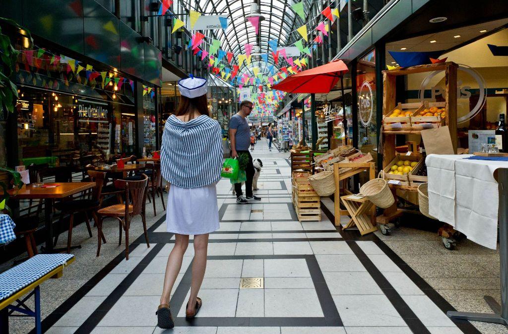 Die Calwer Passage wird auch weiterhin durch kleine, von Inhabern geführte Läden haben. Das sagt der Investor zu. Foto: Lichtgut/Volker Hoschek