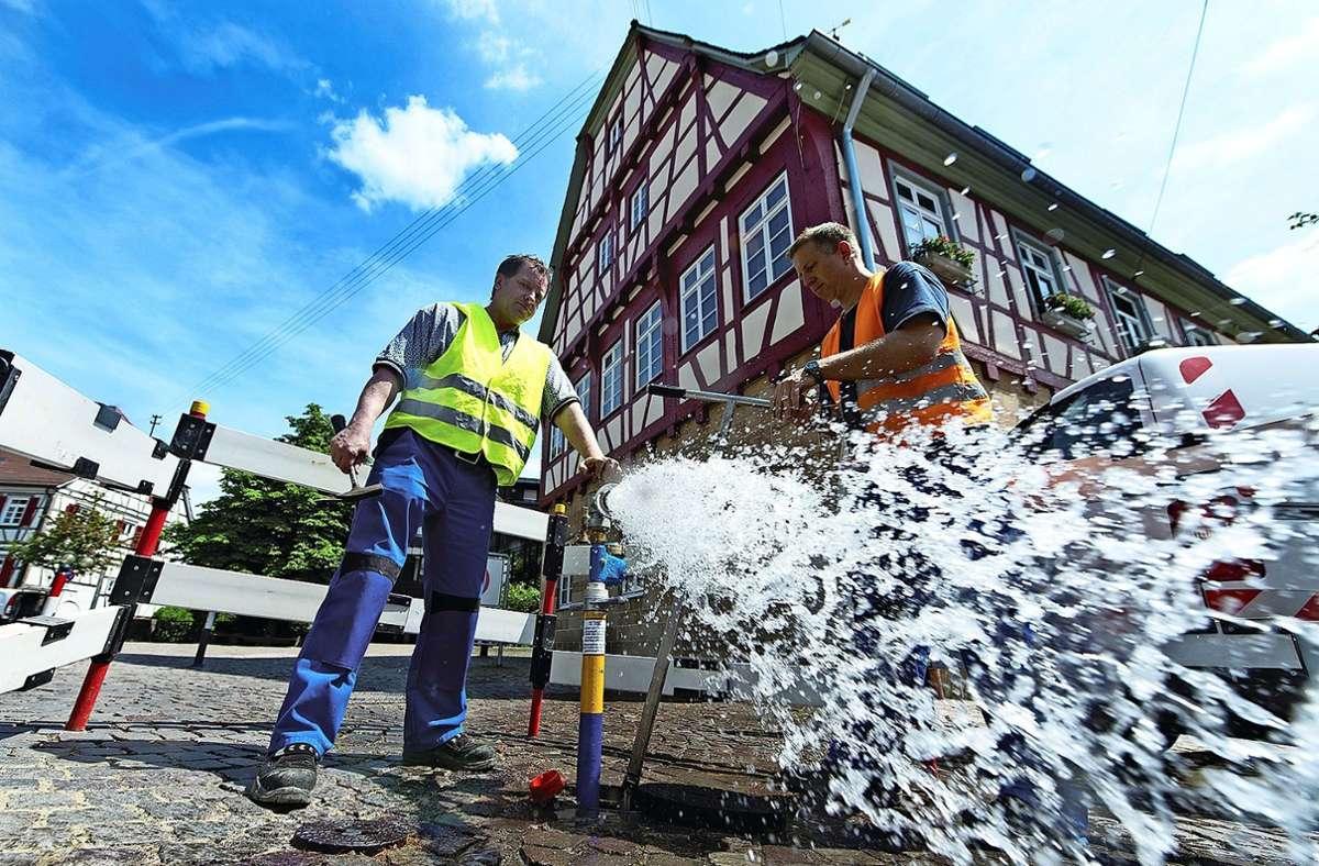 Wasser ist ein kostbares Gut. Doch in L-E. sind manche Rohre undicht. Foto: Stadtwerke
