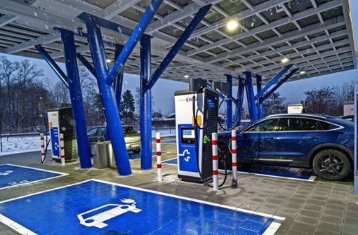 Mehr  Ladesäulen für E-Autos in der Stadt