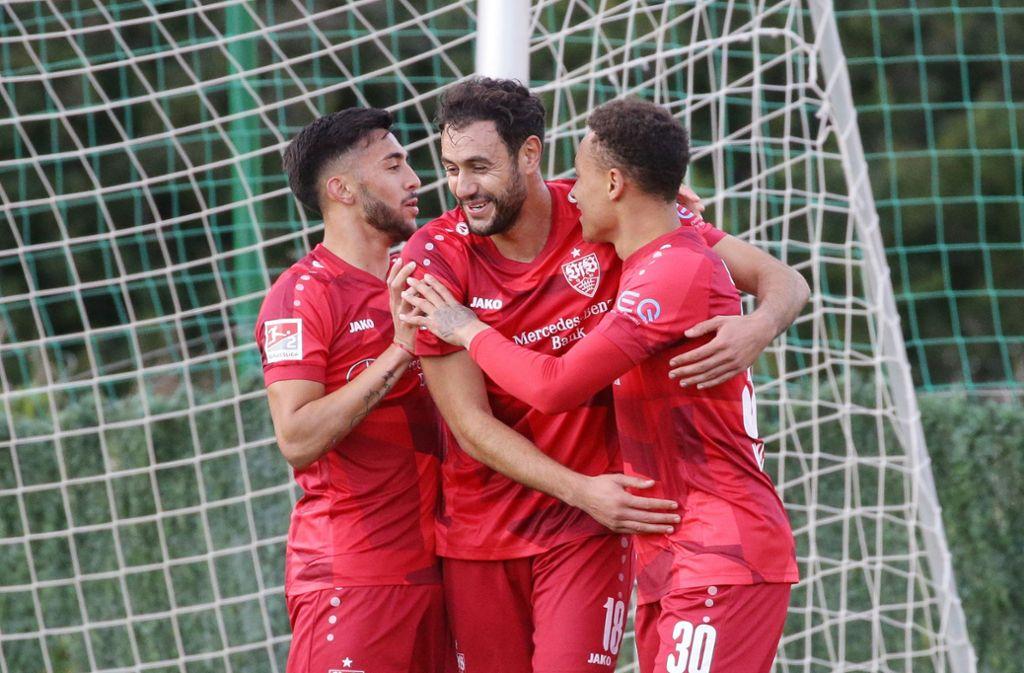 Der VfB Stuttgart gewinnt sein Testspiel gegen den FC Basel mit 2:0. Foto: Pressefoto Baumann/Hansjürgen Britsch