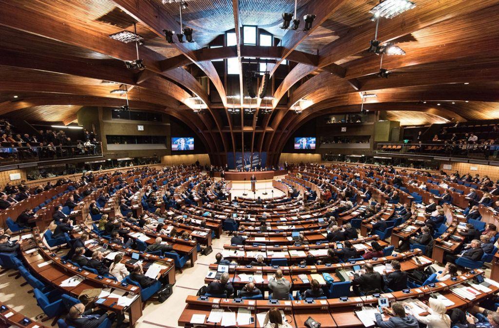 Russland erhält nach fünfjähriger Unterbrechung sein Stimmrecht in der Parlamentarischen Versammlung des Europarats (PACE) zurück. Foto: dpa