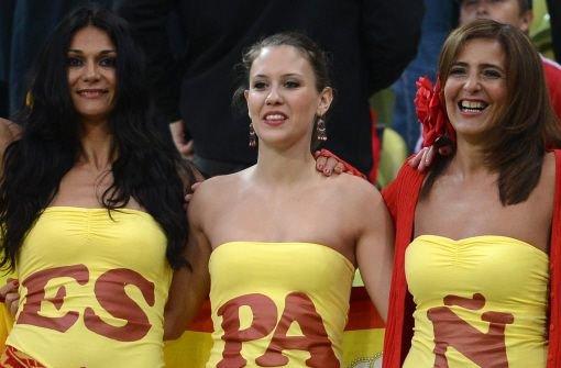 Der 7. EM-Tag: So sexy jubeln die Fans