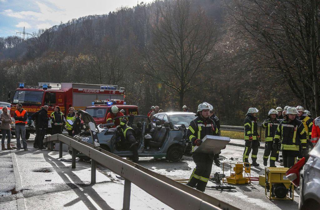 Bei einem Auffahrunfall im Kreis Göppingen wurden zwei Personen schwer verletzt. Foto: 7aktuell.de/Christina Zambito