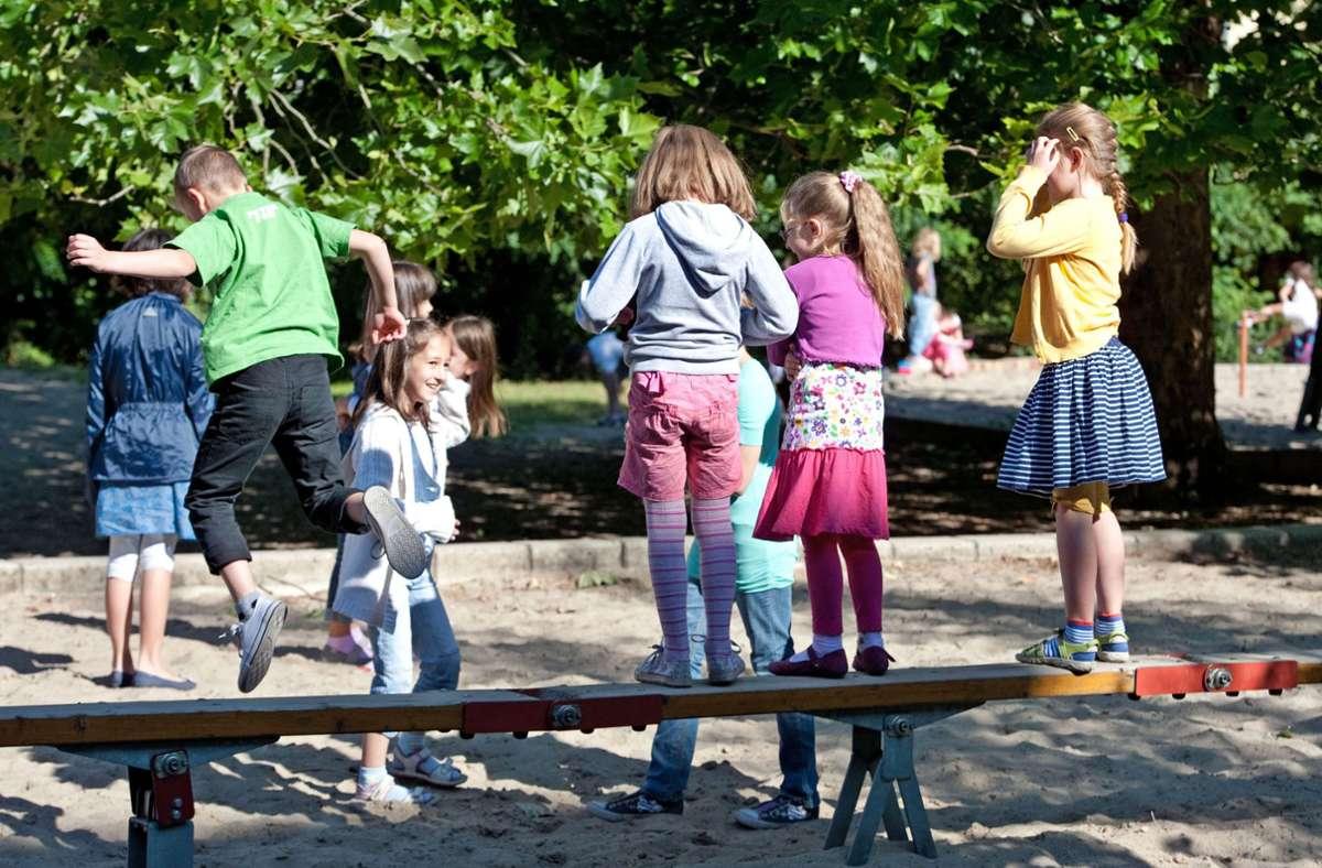 Deutsch als gemeinsame Umgangssprache im Unterricht und auf dem Schulhof  – das gibt es  laut Kultusministerin Susanne Eisenmann nicht nur einmal in Baden-Württemberg. Foto: dpa/Robert Schlesinger