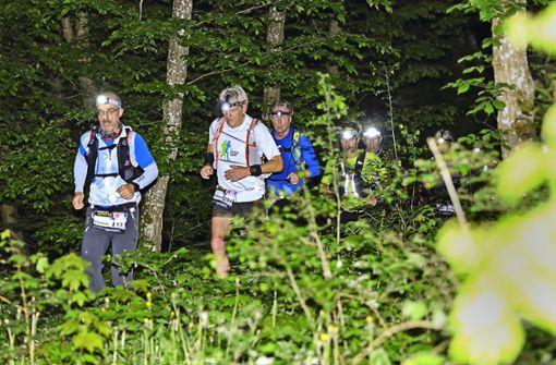 Ultra-Läufer bringen 27500 Euro für gute Zwecke in die Kasse