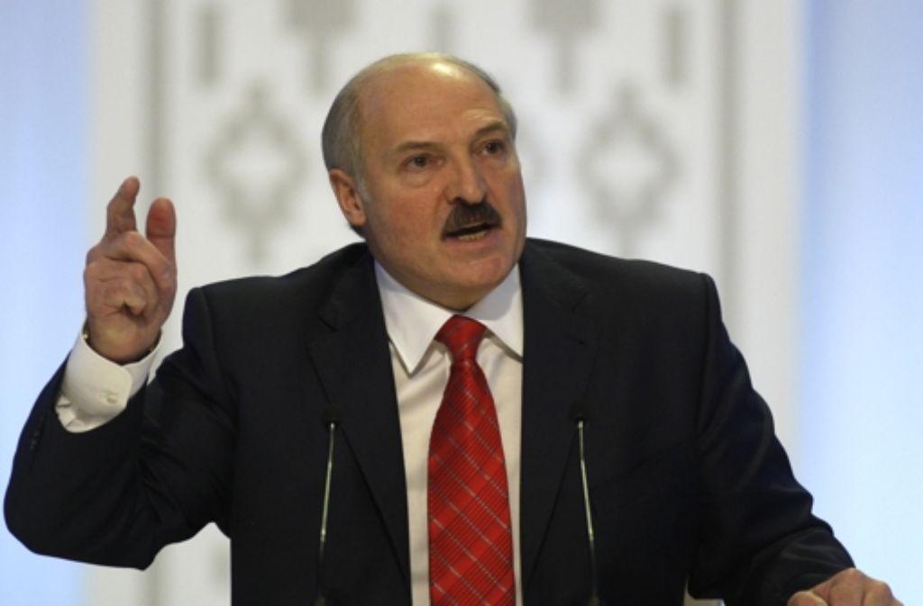 Kein Musterdemokrat: Lukaschenko ist im Westen persona non grata Foto: AP