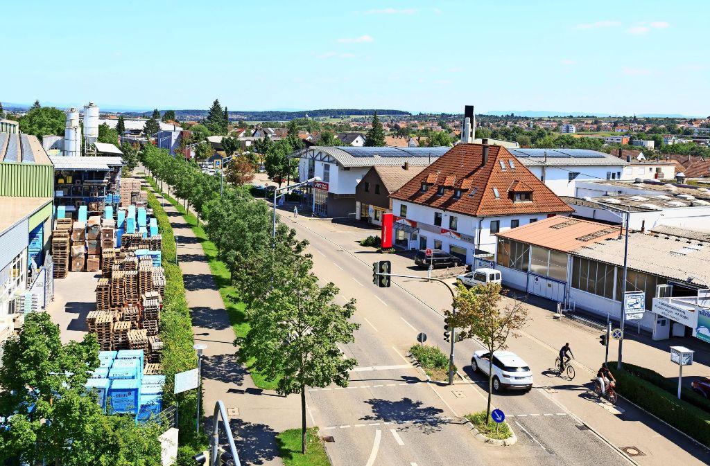 Die Karlstraße könnte im Zuge der Verlängerung der S-Bahn nach Neuhausen als West-Ost-Achse gestärkt und damit aufgewertet werden. Foto: Thomas Krämer
