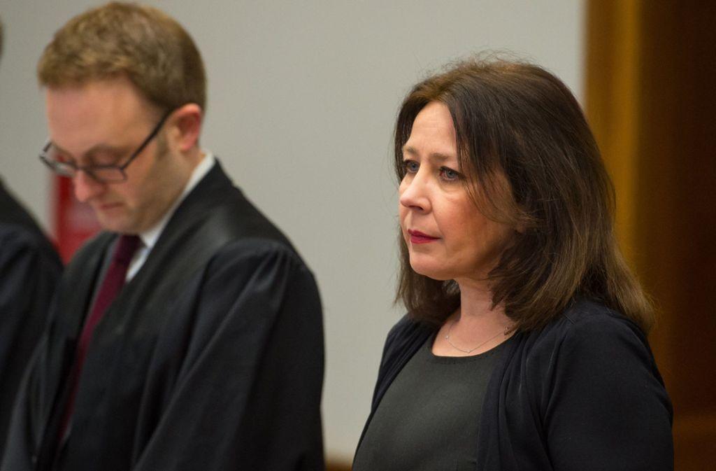 Im Strafverfahren war die Lehrerin bereits rechtskräftig zu einer Geldstrafe von 90 Tagessätzen von je 60 Euro verurteilt worden. (Archivbild) Foto: dpa/Philipp Schulze