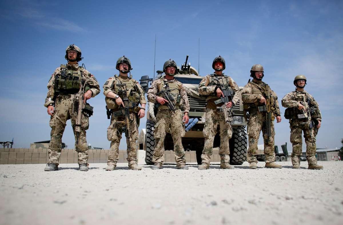 Soldaten der Bundeswehr im Auslandseinsatz – für viele Linke ein Zankapfel. Foto: dpa/Kay Nietfeld