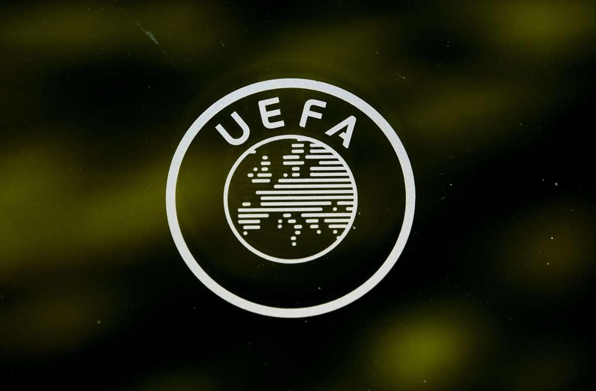 Die Uefa tauchte sein Logo in Regenbogenfarben. Foto: dpa/Jean-Christophe Bott