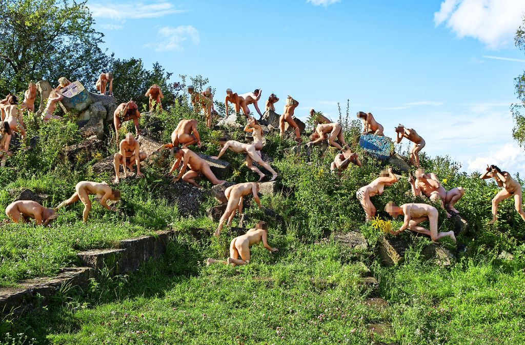 """Als Steinböcke auf dem Birkenkopf für den Kunstkalender """"Kesselsafari"""". Foto: Daniela Wolf"""