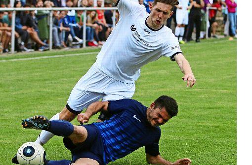 Der FC Gerlingen         bejubelt  den Klassenerhalt