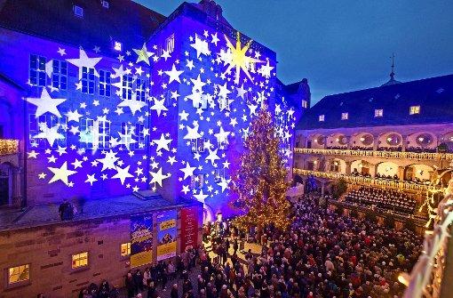 Sternenglanz zum Start der Budenstadt