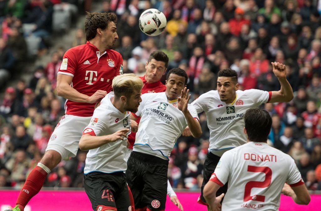 Der FC Bayern kam im Heimspiel gegen den FSV Mainz 05 nicht über ein 2:2-Unentschieden hinaus. Foto: dpa