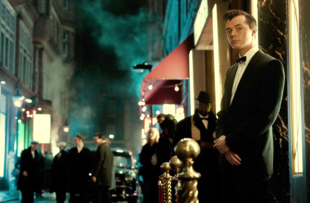 "Jack Bannon als Alfred Pennyworth in Bruno Hellers ""Batman""-Prequel ""Pennyworth"" Foto: Epix/Alex Bailey"