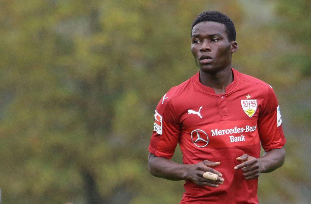 Hans Sarpei verlässt den VfB Stuttgart in Richtung Slowakei. Foto: Pressefoto Baumann