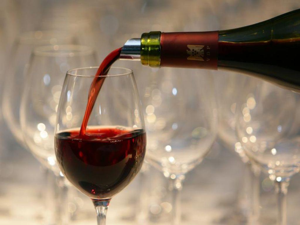 Jedem Wein sein Glas, bei der Auswahl gibt es viel zu beachten. Foto: dpa
