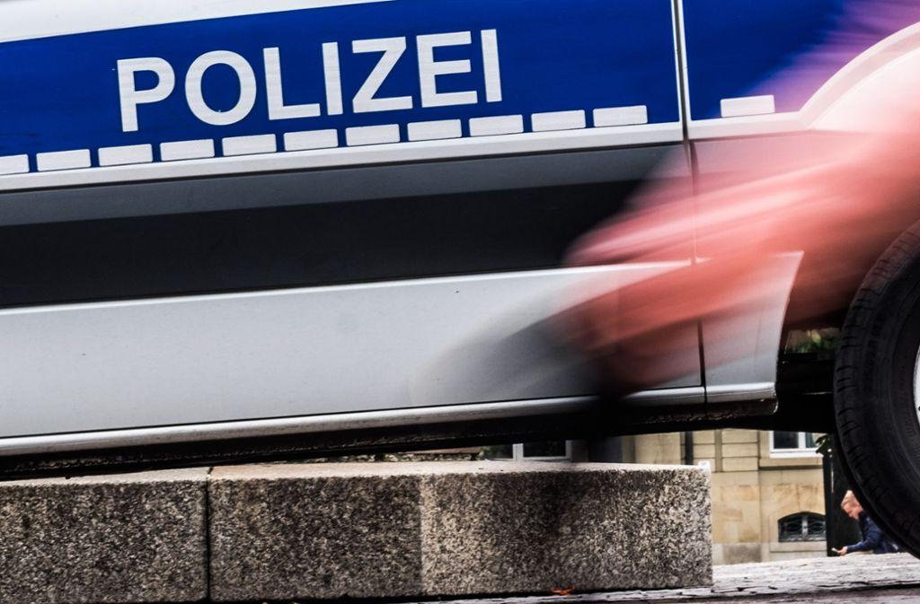 Auf dem Schlossplatz in Stuttgart hat ein Mann laut Polizei zwei Frauen sexuell belästigt. (Archivbild) Foto: Lichtgut/Max Kovalenko