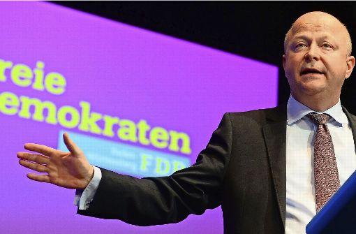 """Michael Theurer hat einen 10-Punkte-Plan geschrieben: Deutschland brauche eine """"Zukunftsstrategie Auto"""" Foto: dpa"""