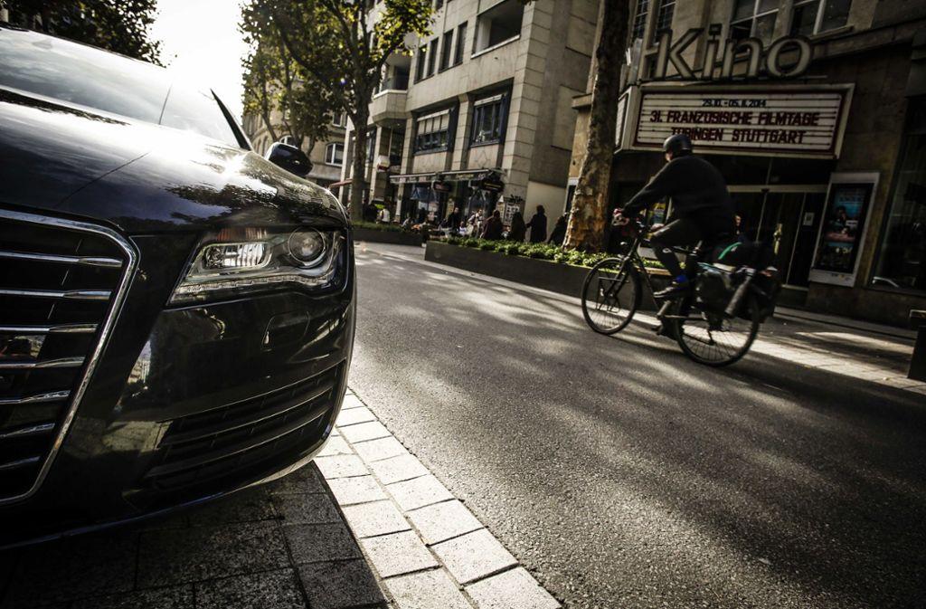 Fußgänger fühlen sich als Verkehrsteilnehmer in der Tübinger Straße  nicht  immer wohl. Foto: Lichtgut/Leif Piechowski