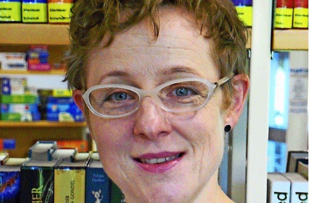 Der Büchereileiterin Barbara Schäfer und ihrem Team steht bald ein großer Umzug bevor. Foto: privat