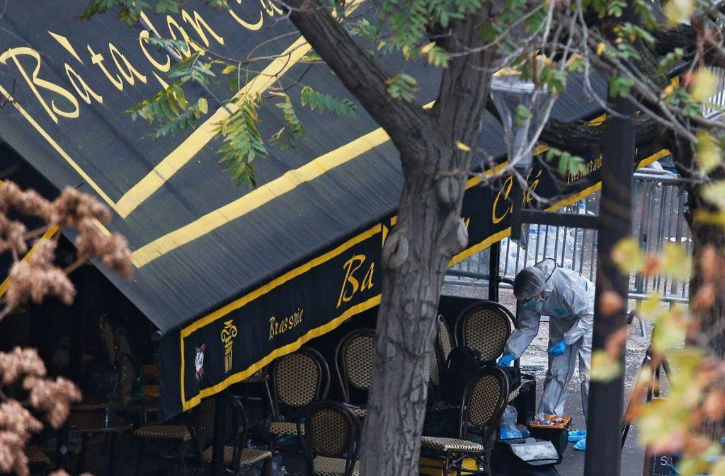 """Bei den Terroranschlägen auf das Konzerthaus """"Bataclan"""" starben zahlreiche Besucher. Jetzt soll das Attentat verfilmt werden. Foto: EPA"""
