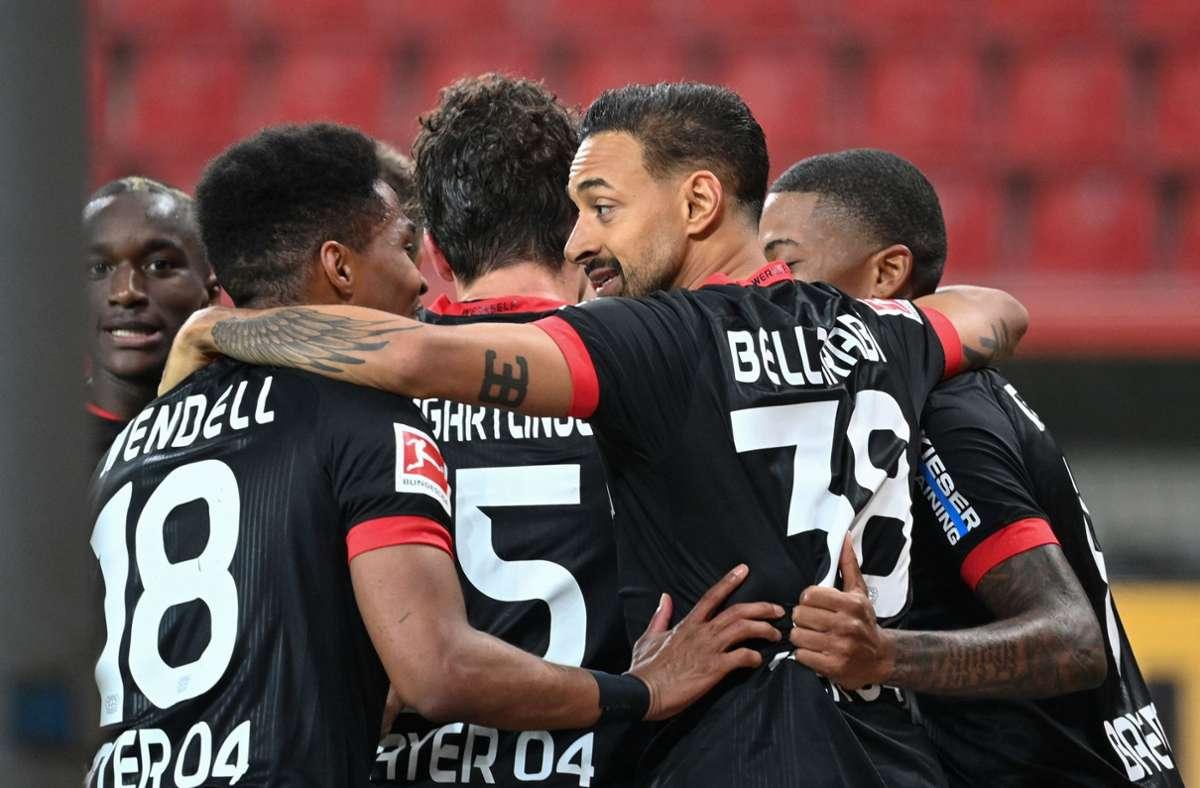 Leverkusen besiegte Gladbach mit 4:3. Foto: AFP/INA FASSBENDER
