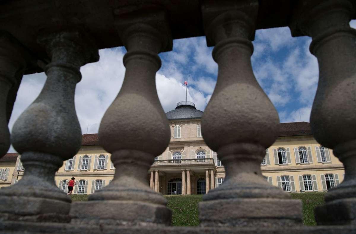 An der Uni Hohenheim fühlen sich Studierende der Wirtschaftswissenschaften gut beraten. Foto: dpa/Marijan Murat