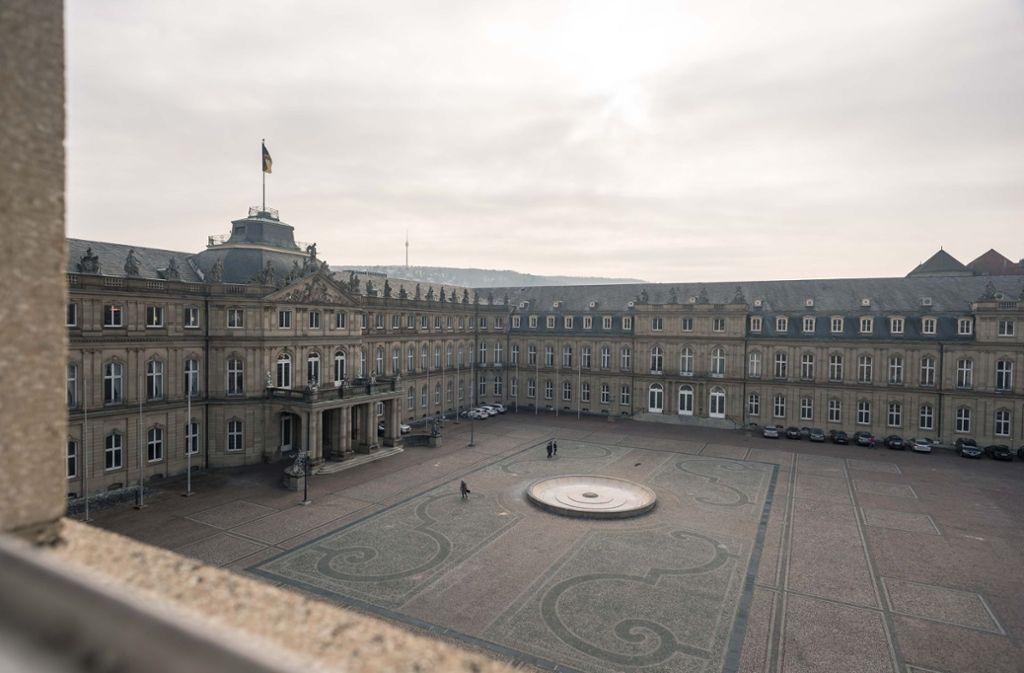 Das Neue Schloss mit Ehrenhof. Der Mitteltrakt soll den Bürgern künftig offen stehen. Foto: Lichtgut/Max Kovalenko