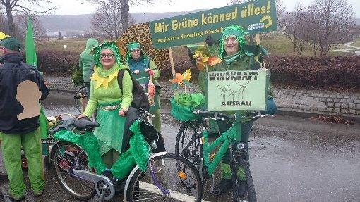 Die Grünen treten mit dem Spruch auf Mir könned älles - aber den Regen konnten sie nicht verhindern. Foto: Ulrike Otto