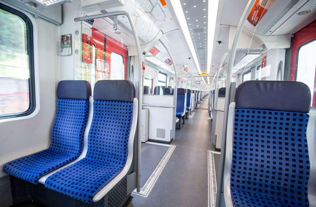 Wieder kam es zu einer Schlägerei in der Stuttgarter S-Bahn (Symbolbild). Foto: Lichtgut/Leif Piechowski